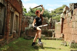 Lara: Improvisation - Two Swords by Merunit