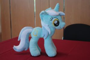 Lyra by Siora86