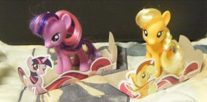.:MLP:. Twilight and Applejack by SEGAMew