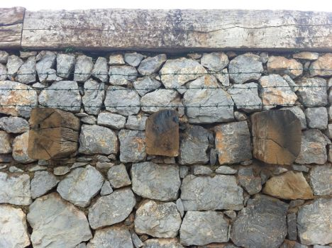 stone wall by lul39