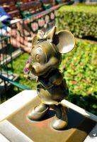 Minnie Mouse by ExplicitStudios