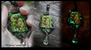 Owl in forest - glow in dark - pendant by Laurefin-Estelinion
