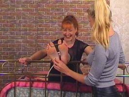 RedHead tickled by jason9800player2