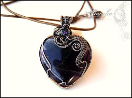 Amethyst heart by amorfia