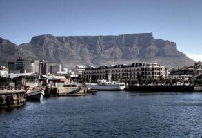 Table Mountain by erene