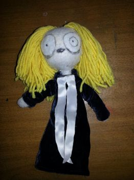 Lenore Doll by Nezotli
