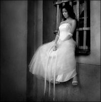 lonely bride bw by fantaijo