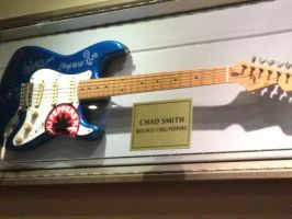 Red hot chilli peppers Chad smith's guitar. by TheManThatLaughed