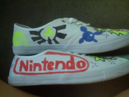 The left side of my shoes by princesszelda224