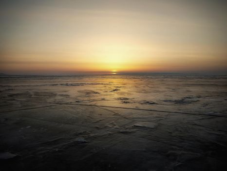 background - vast ice-desert - sunset by 8moments