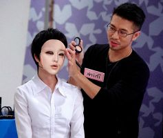 makeup on mask by hd8904