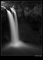 snoqualmie falls bw by stranj