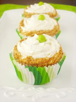 Key Lime Cupcakes by LoveandConfections