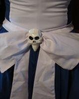 Close up of Hollow Yves Skull Bow by emmadreamstar