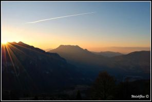 Val Asinina's sunrise by WelshGlue