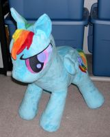 Large Rainbow Dash plush by Bladespark