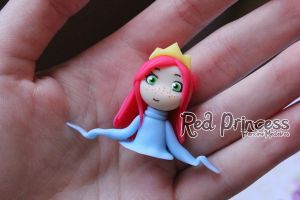red princess puppet by theredprincess