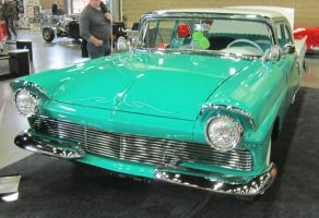 57 Ford Fairlane by zypherion