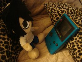 L Playing GameBoy Color by Tatayla