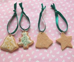 Cookie Ornaments by CantankerousCupcake