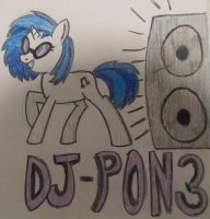 Vinyl Scratch Drawing (2nd Day) by Baglesman