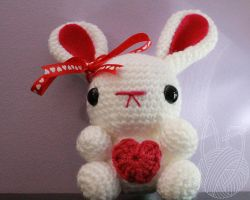 White Valentine's Day Bunny - for sale on Etsy by theyarnbunny