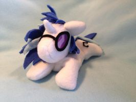 Vinyl Scratch beanie plush by Bewareofkitty