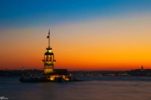 Maiden's Tower by Altindall