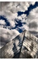 .lePyramide ii by Snapperz