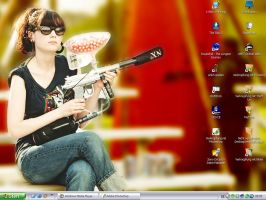 my current desktop - zooey by Calenlad