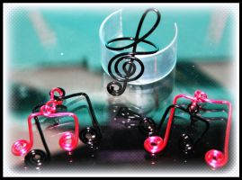 Treble Clef Ring and Beam Note Charms by LadyAriessTemptra