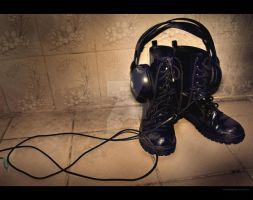 boots made for music by xALWAYSxINxVAINx