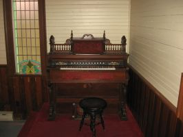 Old organ,church, MEMORY lANE by ravenswolfe