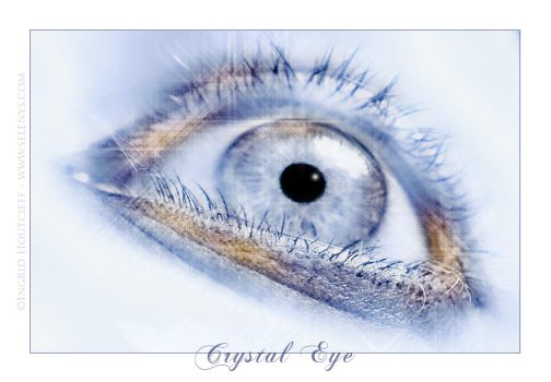 + Crystal eye by Selenys