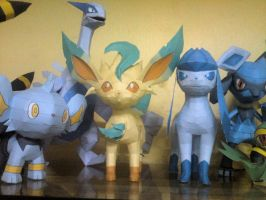 Glaceon Papercraft Finished by riolushinx