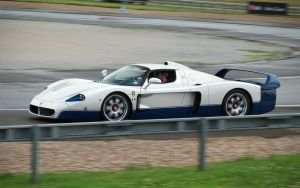 Maserati MC12, panning by FurLined