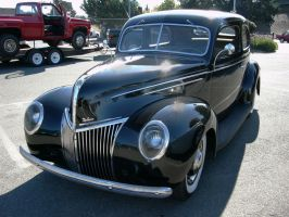 Ford Deluxe two door sedan - 1939 by RoadTripDog