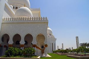 Abu Dhabi - Grand Mosque 17 by LeighWhittaker