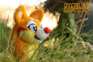 Smiley- Needle Felted Figure by Feyrah