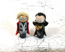 Wobbles: Thor and Loki by kitcat4056