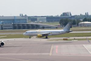 vueling EC-JTR by damenster