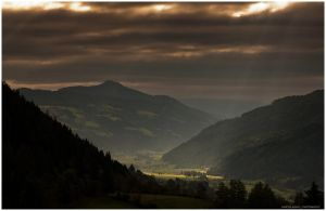 rays in the valley by zero-