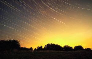 Startrail Sunset by RoMaGrafix