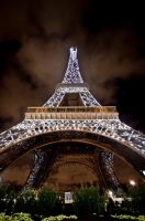 Eiffel Tower Light Show by Pensquared4life