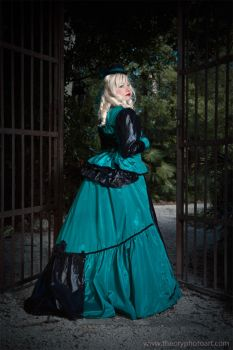 Black and Green Victorian Lady by THEORY76