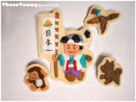.:Momotaro broches:. by SaMtRoNiKa