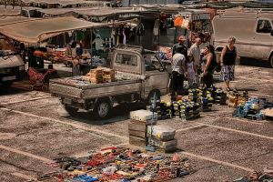 Market by Flash-and-Flair