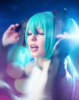 Miku closeup 2 by simplearts