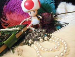 Pearl Necklace with Toad. by Oktav15