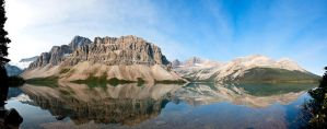 Bow Lake by RaymondW